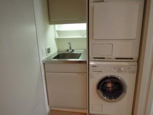 世田谷区砧4丁目マンション404ドイツ・ミーレ社製洗濯機