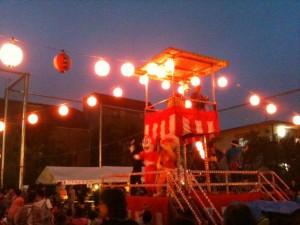 砧町町会_盆踊り_おや?