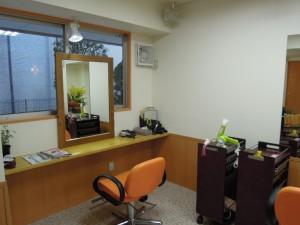 美容室サニースポット新店舗(世田谷区砧4-14-18)カットスペース