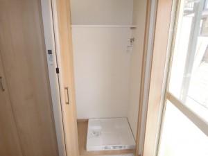 【アフター】大蔵5丁目1Kリノベーション後防水パン付室内洗濯機置場